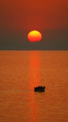 Lake Malawi; located between Malawi, Mozambique, and Tanzania.wow , gorgeous
