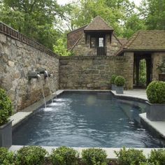 BRANDON JONES/GLEN GATE COMPANY, Courtyard Pool Garden, APLD INTERNATIONAL LANDSCAPE DESIGN AWARDS 2013 Merit