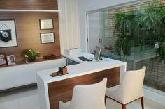 Consultório médico, elegante, masculino e sofisticado. Projeto do Studio Designare. Araçatuba/SP