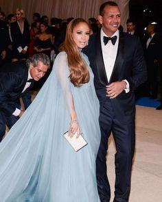 Jennifer Lopez  2017 MET Costume Institute Gala in NYC  #wwceleb #metgala2017 #jenniferlopez