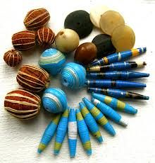 recycled paper beads - Buscar con Google