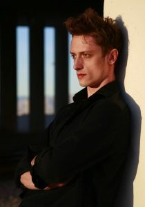 Sergey Kheylik studied at the Bolshoi Ballet Academy in Moscow and received a scholarship from the Rudolph Nureyev Foundation to study at the Vienna State Opera Ballet School. He won 1st prize at the 2001 Vienna International Ballet Competition and the gold medal in Bulgaria at the 2002 Varna International Ballet Competition.