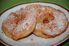 Jablka v těstíčku What To Cook, Bagel, Doughnut, French Toast, Pancakes, Pudding, Bread, Baking, Breakfast