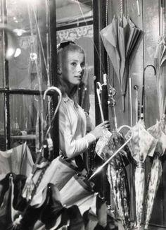 Catherine Deneuve. Les parapluies de Cherbourg.