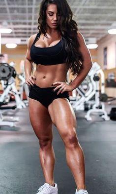 WWE Diva Kaitlyn - Celeste Bonin