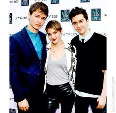 Ansel Elgort & Shailene Woodley & Nat Wolff on Tfios red carpet