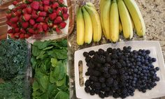 Creating a Week of Green Smoothie Prep Packets http://cleanfoodcrush.com/green-smoothie-packs/ 