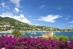 The French Riviera, simply beautiful and a jet-set hot spot. Whether Cannes, Nice or Marseille, Choice Hotels offers many different hotels in along the Azure coast. #France #FrenchRiviera #ChoiceHotels Booking Link: http://www.choicehotels.fr/en/france/city-guide?promo=icpinfrfr