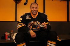 Jarome Iginla after playing his NHL game Nhl Games, Boston Bruins, Calgary, Hockey, Christmas Sweaters, Photo Galleries, Celebrities, Sports, Sport