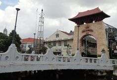 Since 1820: The main gate of Pasar Baru shows that this shopping center was build in 1820. After those years, Pasar Baru...
