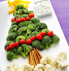 Veggie Platter DIY for 2013 christmas tree, creative chirstmas food, DIY christmas tree