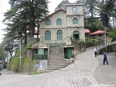 Must do walks in Landour, Mussoorie - the perfect walking town in the hills overlooking the valleys of Dehradun and giving a glimpse of Himalayan peaks. Mussoorie, Dehradun, Language School, India Travel, Hd Images, Incredible India, Stargazing, Dream Life, Walks