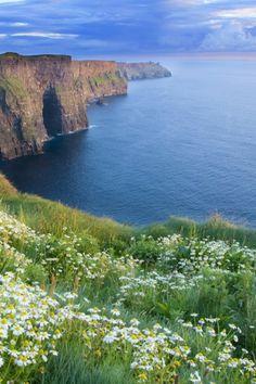 Ireland... que lindo! se parece mucho a santorini