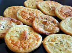 CARB-Free Cloud Bread only 4 Ingredients - eggs, cream cheese and baking powder, spices or honey. This Cloud Bread is so soft, airy, fluffy and practically melts in your mouth. It is very delicious h Gluten Free Recipes, Low Carb Recipes, Cooking Recipes, Healthy Recipes, Ww Recipes, Popular Recipes, Bread Recipes, Simple Recipes, What's Cooking