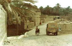 Oman The North, 1973   Archive Photo: The old meets the new! credit: Brian Harrington Spier #oman