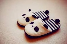 shoes panda cute slippers black and white striped weheartit lovely ears (Kaufartikel) Panda Love, Cute Panda, Panda Panda, Panda Kawaii, Cute Slippers, Bear Slippers, Baby Shoes, Creations, Girly