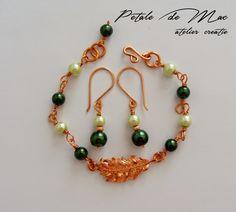 Petale de Mac Mac, Beaded Bracelets, Handmade, Jewelry, Jewellery Making, Hand Made, Jewels, Pearl Bracelets, Jewlery