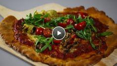Pizza alla Gio - recept   24Kitchen Pizza Wraps, Love Pizza, Mozzarella, Vegetable Pizza, Catering, Melk, Plastic, Food, Home