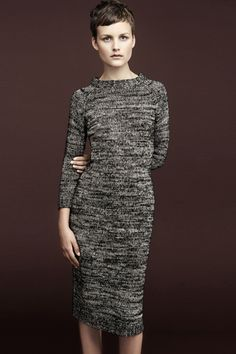 Love this dress. I really like the look of this model, I love that she's short.