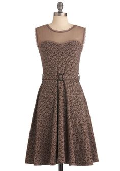 Blogging Molly Dress. You're a style blogging revolutionary, easily overcoming the question of what to wear and what to write about in an innovative way! #brown #modcloth