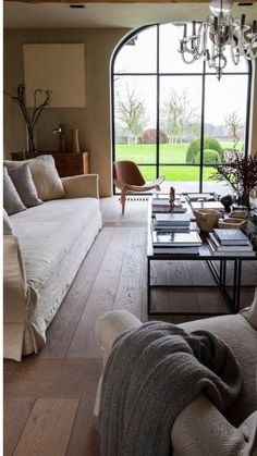 Living Room With Fireplace, Living Room Decor, Living Spaces, Living Room Inspiration, Interior Inspiration, Casas Shabby Chic, Estilo Interior, Interior Decorating, Interior Design