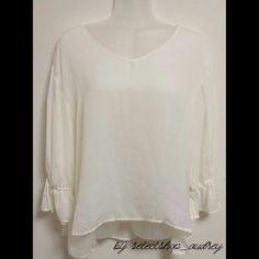 着回しブラウス❣️ 人気の袖デザイン✨シンプル華やか。 エアリー感❤サラリと着れる😁 . 綺麗カラー+エレ女✨ アースカラー+ハンサムガール✨ ペールカラー+フェミニン✨