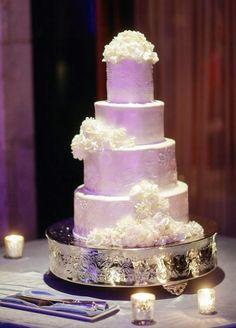 Featured Photographer: Binaryflips Photography; Wedding cake idea.