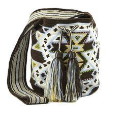 Bolso WayuuKurubaa Fashion (M)WFM058 | Kurubaa www.kurubaa.com800 × 793Sök med bild Bolso Wayuu Kurubaa Design (S) WDS266