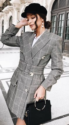 fall fashion trends // hat + plaid coat + bag + top 42 Of The Most Trending Casual Style Outfits That Will Inspire You This Fall – fall fashion trends // hat + plaid coat + bag + top Source Current Fashion Trends, Fall Fashion Trends, Trendy Fashion, Autumn Fashion, Womens Fashion, Daily Fashion, Paris Fashion, Spring Fashion, Uni Outfits