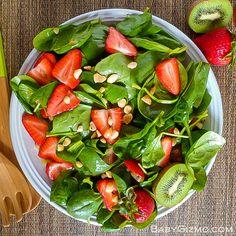 Strawberry Spinach Salad #salad #strawberry #fruit