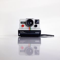 Polaroids are a product of the past, but yours don't have to be. Send some our way and we can digitize them. Make instant images last forever.