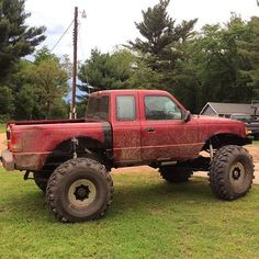 Facebook fan Zac Smith showing off his Ranger built with nothing but the best RuffStuff parts! It's not often we see a newer body style Ford Ranger looking like a beast!! Nice work!! 🙌🏼👏🏼👏🏼😍😍  #ford #rager #fordranger #4x4 #4wheel #beef #ruffstuffornostuff #ruffstuffspecialties #offroad #fabrication #ranger goals #rangernation