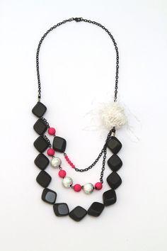 Necklace. Made by UstriZeny:Retuseva.