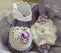 Crochet Baby Booties in Lavender and White and Headband