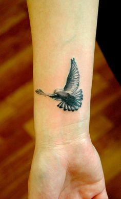 30 Seagull Tattoos - Meanings, Photos, Designs for men and women