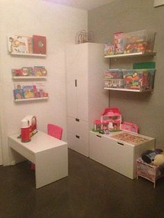 Show je speelgoed-opberg-plek en/of speelhoekje!!-image.jpg