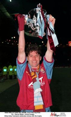 Aston Villa, Andy Townsend lifting the League Cup. Aston Villa Players, Super Club, Aston Villa Fc, Action Images, Best Club, Fa Cup, Sports Teams, First World, The Past