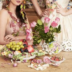 Unexpected Excesses: Liz Watts and Jan Knibbs invite you to their exhibition, a bohemian banquet (9 to 30 August 2015).