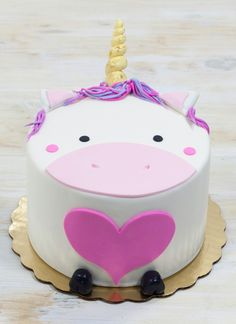 Die 108 Besten Bilder Von Einhorn Kuchen Birthday Cakes Fondant