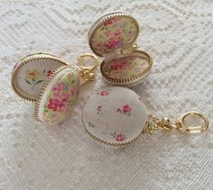 Macaron Coin Purse With Golden Key Snap Hook by Aimezvousclassique