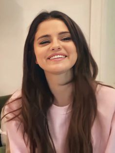 Selena Gomez Pictures, Selena Gomez Style, Hollywood Celebrities, Hollywood Actresses, Selena Gomez Wallpaper, Marie Gomez, Demi Lovato, Pretty Hairstyles, Short Hair Cuts