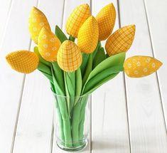 MENTŐÖTLET - kreáció, újrahasznosítás: Varrott tulipán