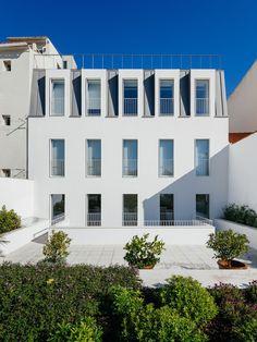 Aurora . Prazeres Building . Lisbon (44)