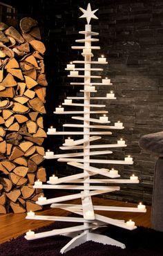Lucia WeihnachtsbaumWohnzimmerpuristischHolzgestellTeelichterChristoph Baum Stil Fabrik