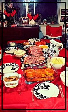 Christmas dinner!! That beautiful #damask dinnerware set was my #xmas gift!!! How lucky am I!!!!