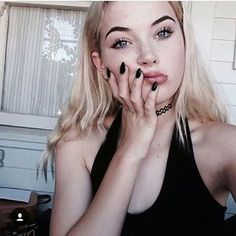 """[okaysage] """"hi. i'm marley. eighteen. i'm going to say one thing, and i mean it, i don't do drama. it annoys me, so if you're one of those people don't even bother with me. i'm incredibly defensive. i'm afraid of.. um.. something."""" i bite my lip. """"introduce if you want."""""""