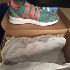 adidas SL LOOP size 8 in women's. brand new in box Adidas Shoes Sneakers