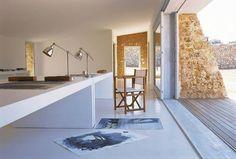 Schicke Mediterrane Einrichtungsideen Und Wohnungseinrichtung Im  Mediterranen Einrichtungsstil. Erdige Farbtöne Und Südliches Ambiente Für  Deine Räume.