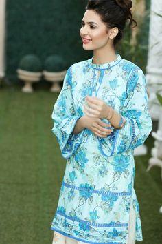 Gul Ahmed Simple Pakistani Dresses, Pakistani Fashion Casual, Pakistani Dress Design, Pakistani Suits, Neck Designs For Suits, Sleeves Designs For Dresses, Dress Neck Designs, Blouse Designs, Stylish Dresses For Girls