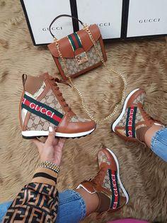 Gucci Sneakers, Gucci Shoes, Sneakers Fashion, Fashion Shoes, Fab Shoes, Pretty Shoes, Cute Shoes, Gucci Fashion, Fashion Bags